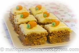 Rüebli Cake Squares
