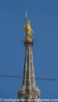 Die goldene Madonna auf der Spitze des Mailänder Doms