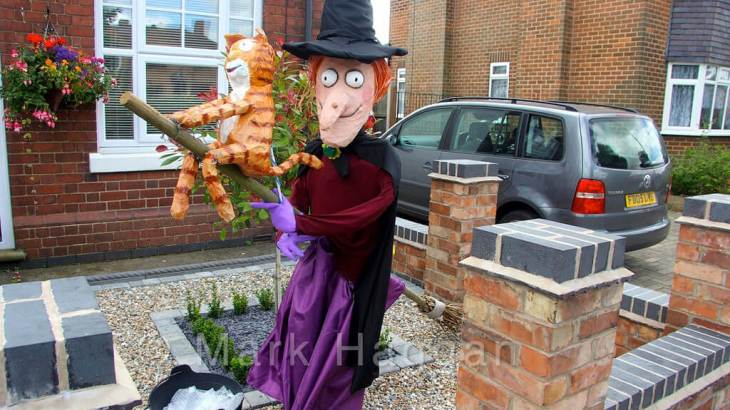 Room On The Broom Scarecrow
