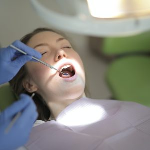 4 Dental Crown and Implant Myths and the Truth Behind Them