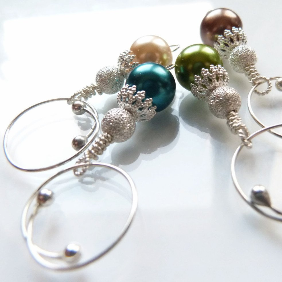 Midwinter Ball Removable Locking Stitch Marker