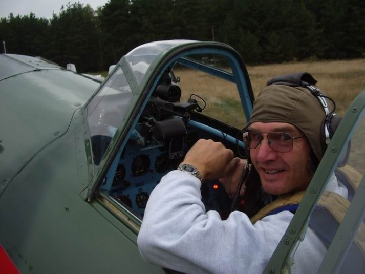 Mark Jefferies Air Displays - Historic Aviation Flying Displays - YAK 11
