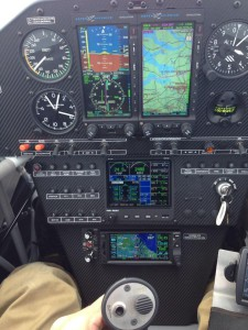 Extra 330LT instrument panel