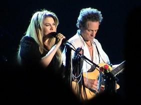 Stevie_Nicks_and_Lindsey_Buckingham