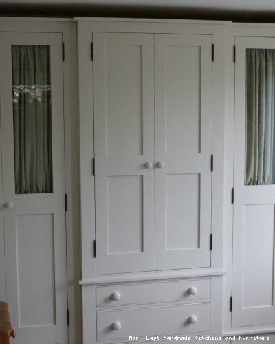 Handmade Fitted Bedroom Wardrobes For Luxury Bedrooms And