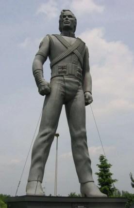 Michael_Jackson_sculpture