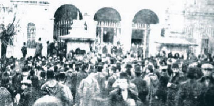 İttihatçılar 1908'de iktidara el koydu. ile ilgili görsel sonucu