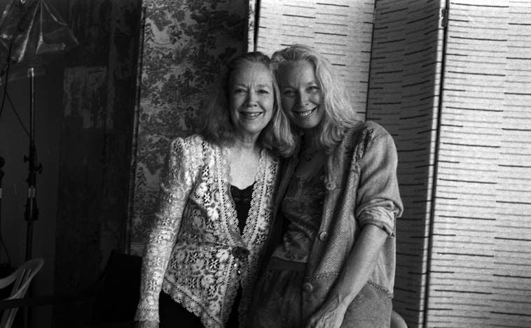 There's a lot of music in these two ladies -- Connie Crothers & Kazzrie Jaxen -- Brooklyn NY --  September 18, 2oo5 -- CC and Kazzrie tap into the clouds and mists that surround mountains -- photo by Mark Weber