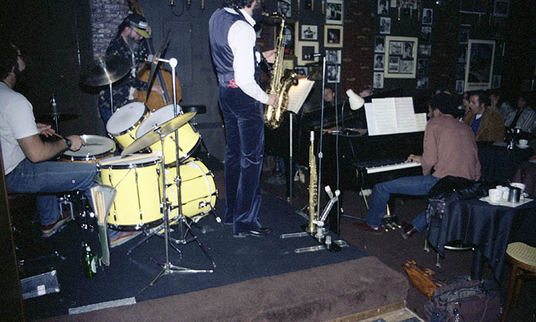 Krystall Klear & the Buells at Carmelos, North Hollywood (Jerry Peters, piano; Marty Krystall, tenor; Peter Erskine, drums; Buell Neidlinger, bass) -- March 25, 1981 -- photo by Mark Weber ---- Today we'll spin the recently released cd GAYLE FORCE (K2B2 Records) derived from tapes found in Buell's archive that are of tantamount historic value: From my vantage, 1965 is The Halcyon, the Way Back When, the Near Beginning of Free Jazz, of course there were others playing like this, but not many! You could arrested for this sort of playing, or tossed into the looneybin. It's Buell with the late John Bergamo when he was still a jazz player (he's Chris Garcia's mentor) in Buffalo NY on a snowy day with Charles Gayle stretching the fabric of time and stretching the seams of his tenor saxophone as well ----> E = MC2