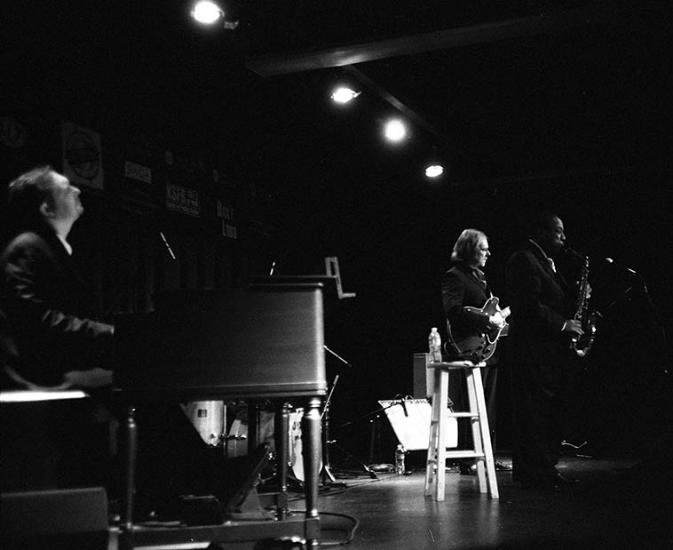 Lou Donaldson Quartet made us all believers this night of May 27, 2o10 (has it been that long ago? the memory is closer) -- Randy Johnston, guitar; Fukushi Tainaka, drums; Pat Bianchi, Hammond B3 -- photo by Mark Weber at Outpost Performance Space, Albuquerque USA