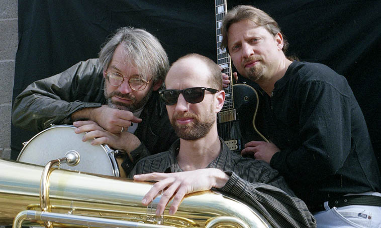 Protuberance -- this trio made a gem of a cd for Zerx in 1999 engineered by the late Quincy Adams -- We'll re-visit TREATED & RELEASED (Zerx 019) on this show ------ Dave Wayne, drums; Mark Weaver, tuba; Paul Pulaski, guitar -- photo by Mark Weber -- February 8, 1998