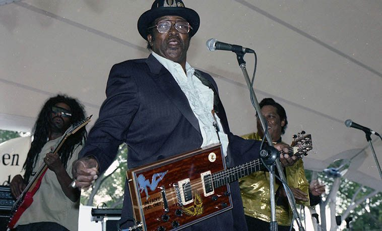 Unleaded Fuel Only indeed: Bo Diddley -- October 18, 1992 Albuquerque -- photo by Mark Weber