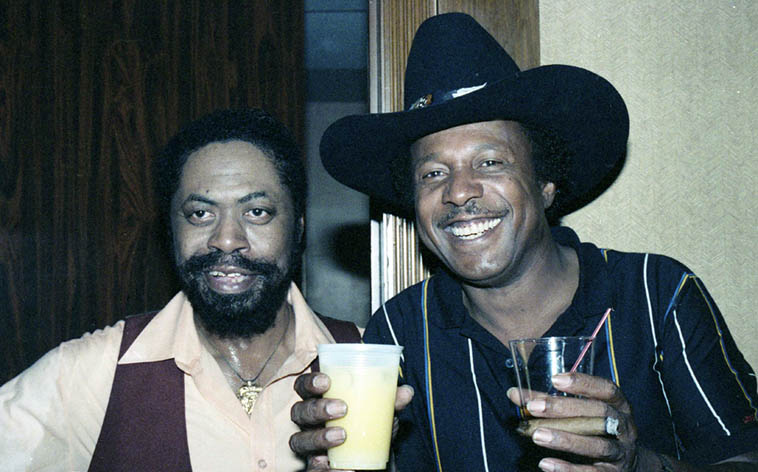 Alligator Records artists Son Seals and Lonnie Brooks out on the road ---- June 26, 1987 – photo by Mark Weber (I think one of those drinks is mine, it's hard to operate a camera and hold your whisky at the same time, especially if you're half-looped)