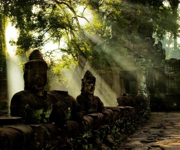 Mark Zastrow | light on ruins