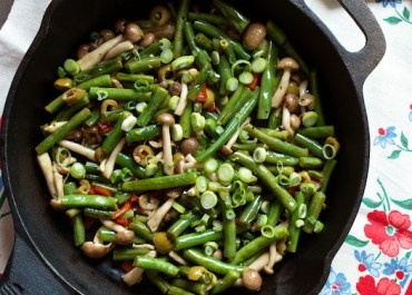 Green Beans with Beech Mushrooms & Olives