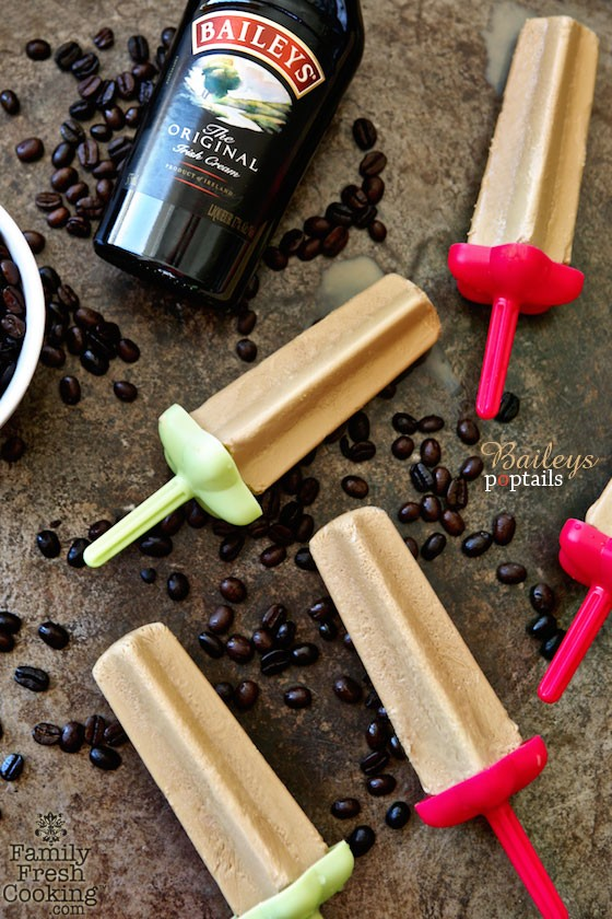Baileys Poptails | A fun way to enjoy your cocktail! | MarlaMeridith.com