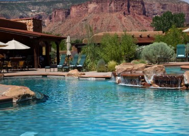 Bucket Lust List: Top 10 Luxury Hotel Pools to Visit in the USA