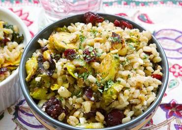 We love this healthy Barley Salad with Roasted Brussels Sprouts, Cranberries & Feta recipe. It's so easy to prepare, a great vegetarian meal for lunch or dinner! MarlaMeridith.com