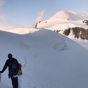 Der Mont Blanc im Hintergrund