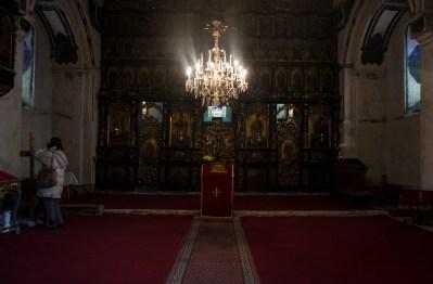 Dentro da igreja ortodoxa em Zemun