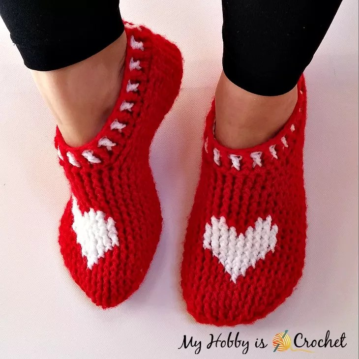 FREE Crochet Valentine Slippers by My Hobby is Crochet