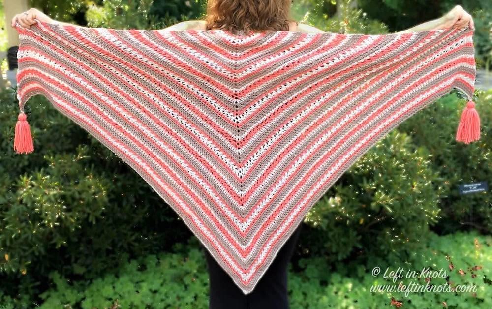 Left in Knots-Breckenridge Wrap-Chic Sheep Yarn-Chic Sheep FREE Patterns