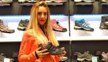 Adidas'ın kadınlara özel ayakkabısı Barçın'da