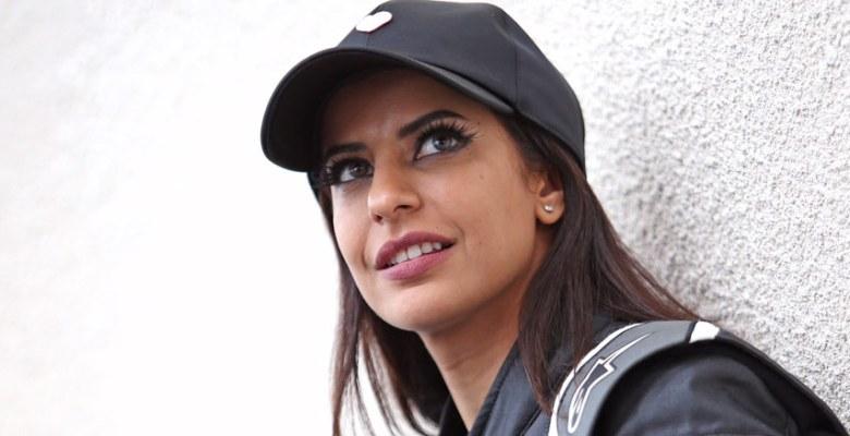 Renault F1 otomobilinde Suudi bir kadın sürücü