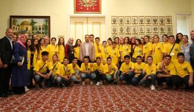 Başkan Aktaş Üsküplü gençlere Bursa'yı tanıttı