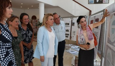 İzmir Ekonomi öğrencilerinin tasarımları Urla'da sergileniyor