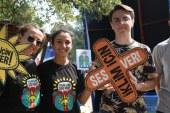 Gençler festivalde iklim sorunu için çağrıda bulundu