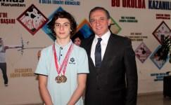 İhlas Koleji öğrencisinden üç Türkiye Şampiyonluğu