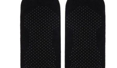 Katia & Bony, yoga yapan sporcular için özel çorap tasarladı