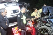 Lüks cip ile otomobil kafa kafaya çarpıştı, 1'i çocuk 4 yaralı