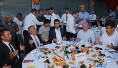 Başkan Gökhan Yüksel, oto sanayi esnafı ile iftarda buluştu
