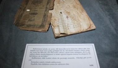 Necip Fazıl'ın önemli eserlerinin ve eşyalarının yer aldığı sergi ziyarete açıldı