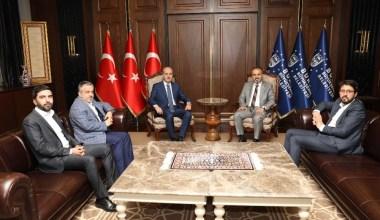 """Numan Kurtulmuş: """"Bursa'ya hizmet sadaka-i cariyedir"""""""