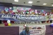 Burhaniye'de minik öğrencilerden sürpriz babalar günü kutlaması