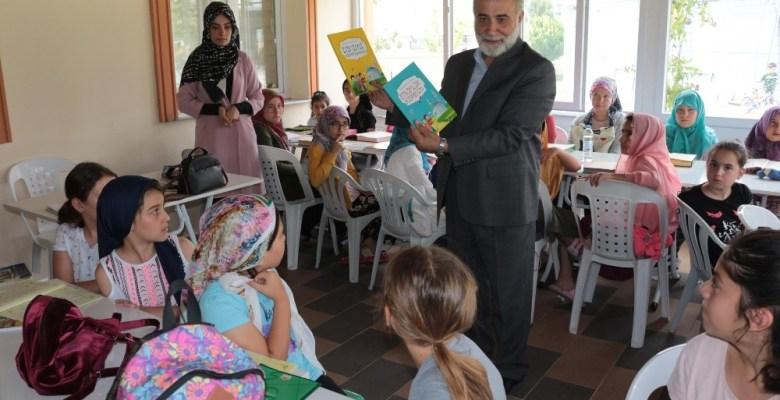 (Özel) Hem oyun oynuyorlar hem Kur'an-ı Kerim öğreniyorlar