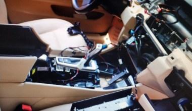 İstanbul'da lüks otomobillerden 1 milyon TL'lik yedek parça çalan şahıslar yakalandı