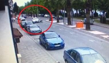 Otomobilin çarptığı yaşı adam metrelerce böyle savruldu