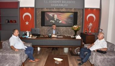 TBMM eski Başkanı Cemil Çiçek Edremit Belediye Başkanı Hasan Arslan'ı ziyaret etti