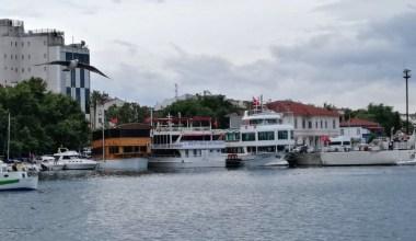 Erdek'te yüzer restoranlar yer arıyor