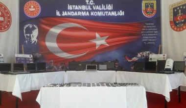 İstanbul'da 43 milyon TL'lik vurgun yapan çağrı merkezi çetesi çökertildi