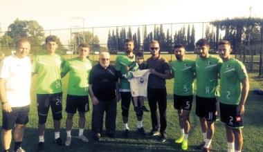 DMD hastası minik Mustafa'nın Sakaryasporlu futbolcular ile tanışma hayali gerçek oldu