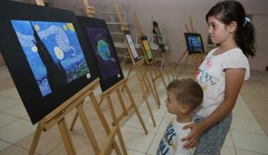 Minik sanatçılar hünerlerini sergiledi