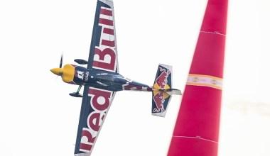 Red Bull Air Race'te şampiyon belli oluyor