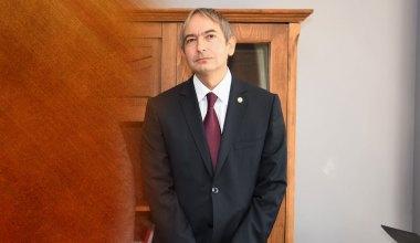 Prof. Dr. Tahsin Turgay kimdir?