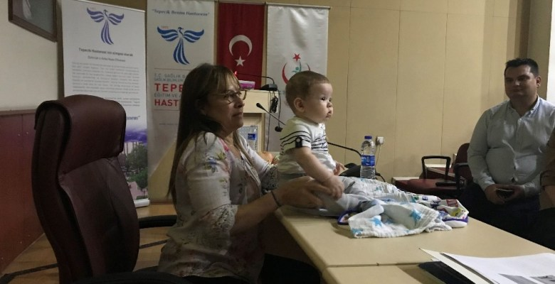 Bebeklerin sırt üstü yatırılması eğri boyun sebebi