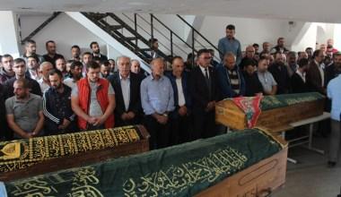 Bolu'daki feci kazada hayatını kaybeden aile üyeleri yan yana defnedildi
